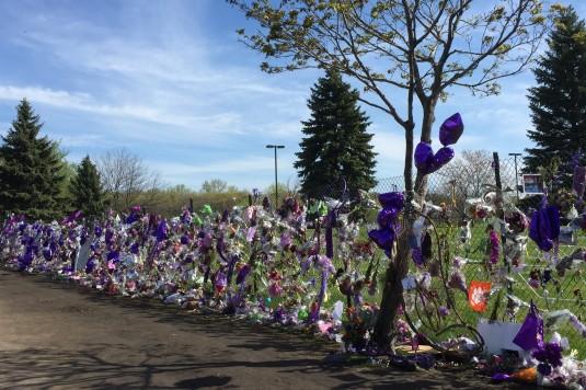 Prince Memorial - Paisley Park, Chanhassen